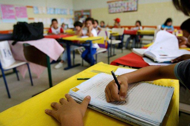 Resultado de imagem para Secretaria pede que pais mandem filhos para as escolas