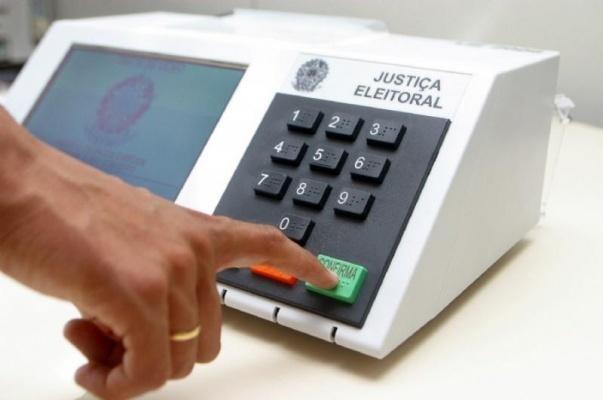 Começa a verificação de urnas eleitorais para eleições 2020
